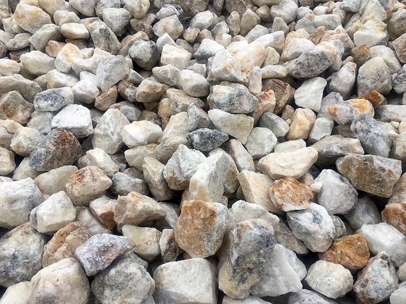 萤石粉开采的清理方法是什么?南阳萤石小编告诉你